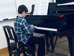 Students Showcase Voice and Piano Pieces at Winter Recital
