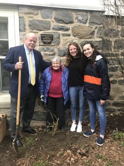 RCDS Honors Harriet Rofman with Garden Naming Celebration