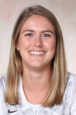 RCDS Alumna Zoe Verni '15 Earns Athletic Accolades in College