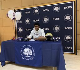 Cullen Coleman '20 Signs National Letter of Intent for Division 1 Football