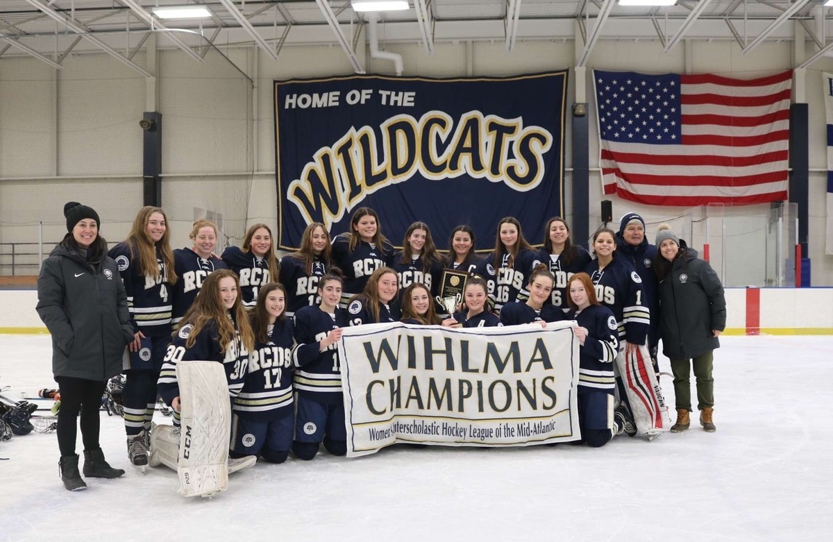 Girls' Varsity Hockey Wins WIHLMA Championship